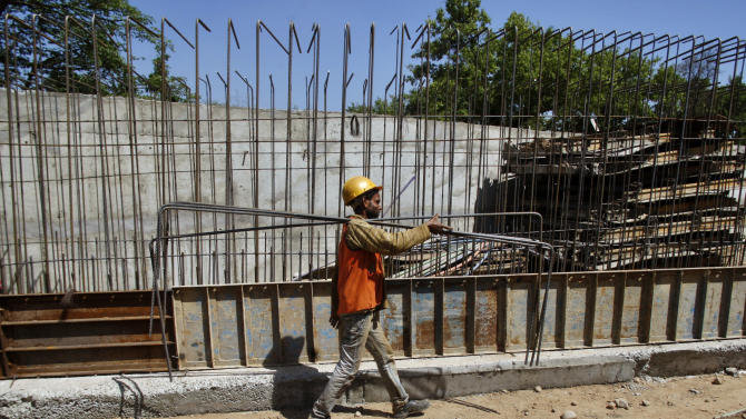 India's economic growth slowest in a decade