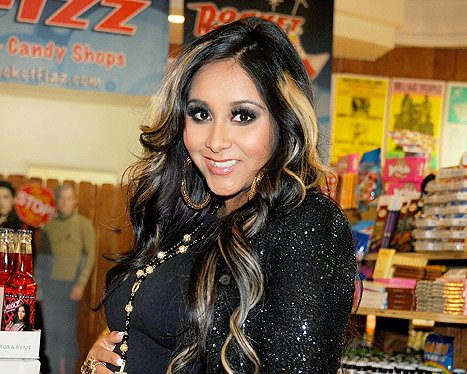 Snooki&#39;s First Night With Baby Lorenzo: &quot;Hardly Any Sleep!&quot;