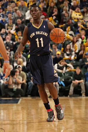 Pelicans G Holiday has stress fracture in shin