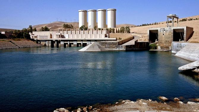 Battle Rages for Mosul Dam, Fate Uncertain for Millions Downstream