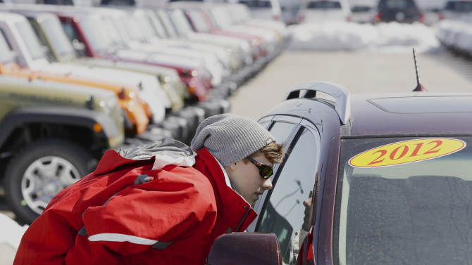 Automakers report US sales up in March