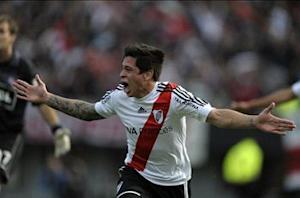 Iturbe rubbishes Messi comparison