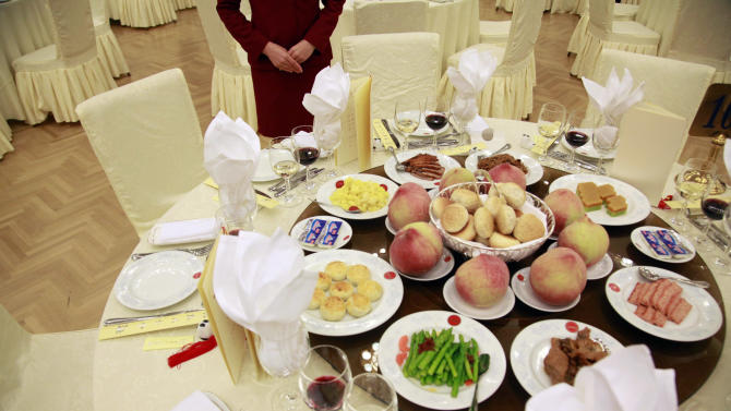 China's Communists warn cadres: No wine at lunch