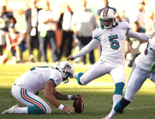 Tannehill rallies Dolphins past Seahawks 24-21