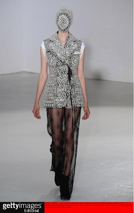 Maison Martin Margiela - Couture Autumn Winter 2012 Runway - Paris Haute Couture Fashion Week