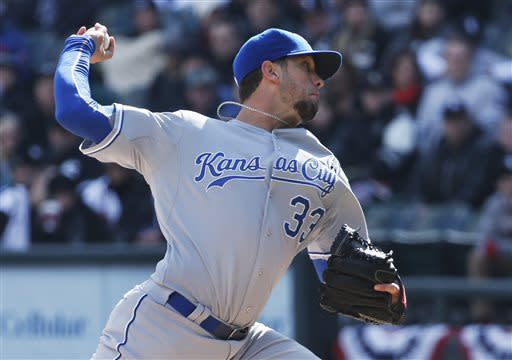 Sale outpitches Shields, White Sox beat Royals 1-0