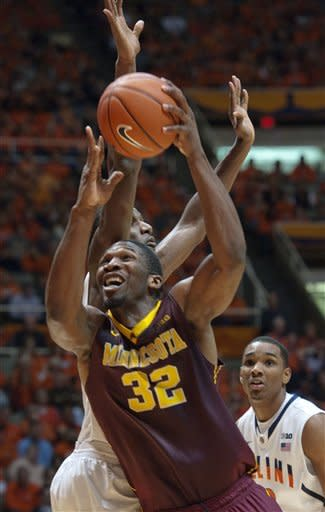 Minnesota topples Illinois 84-67