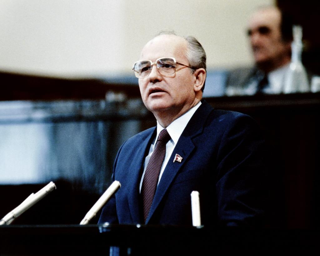 Russians weigh Gorbachev reforms that sank USSR 30 years on