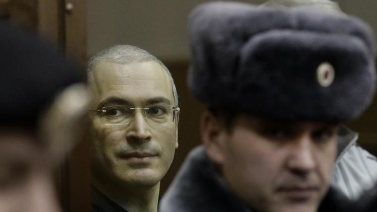 Putin signs decree to pardon tycoon Khodorkovsky