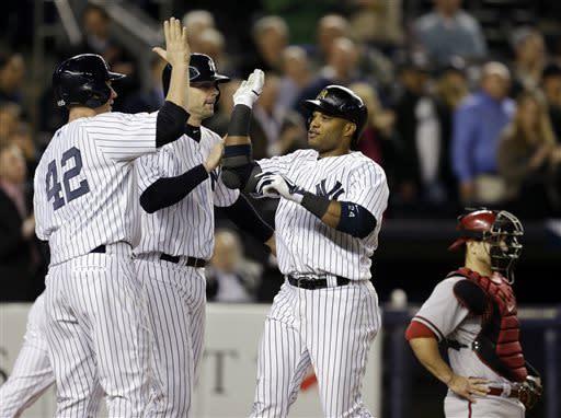 Cano hits 3-run HR, Yankees beat Diamondbacks 4-2
