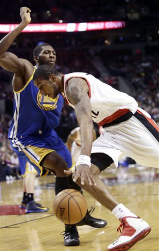 Curry sets 3s mark; Warriors beat Blazers 99-88