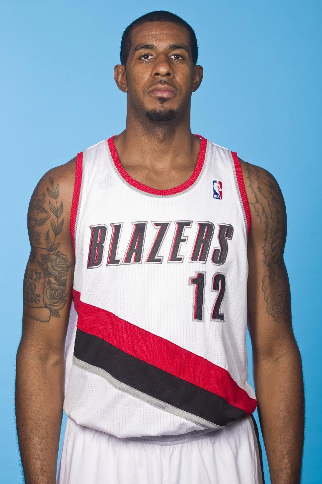 Blazers say Aldridge has left hip injury