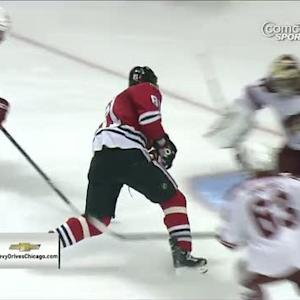 Marian Hossa scores on his own rebound