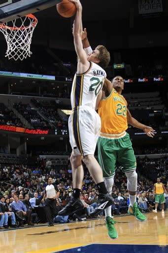 Jefferson leads Jazz to 98-88 win over Grizzlies