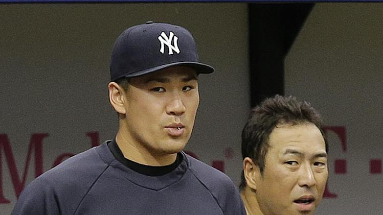 Yankees pitcher Tanaka tests elbow against batters