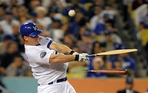 Brewers beat Dodgers 6-2 to complete 4-game sweep