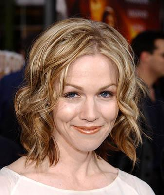 Premiere: Jennie Garth at the LA premiere of Universal's The Scorpion King - 4/17/2002