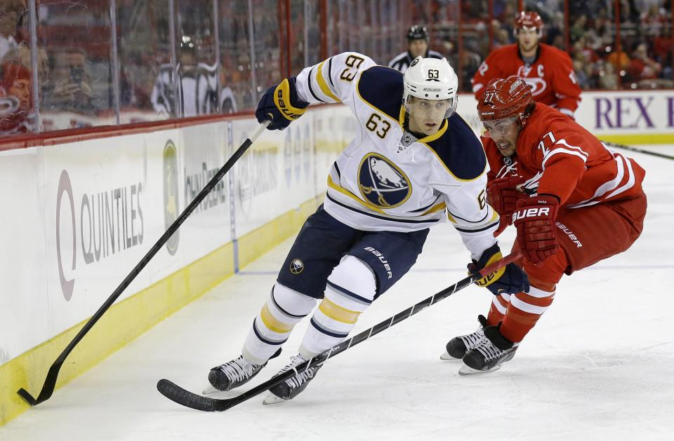 Hurricanes beat Sabres 1-0 in preseason finale
