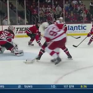 Johan Franzen buries feed from Gustav Nyquist