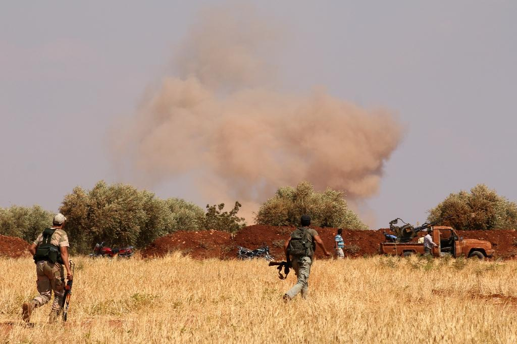 IS advances against rebels in Syria's Aleppo: monitor
