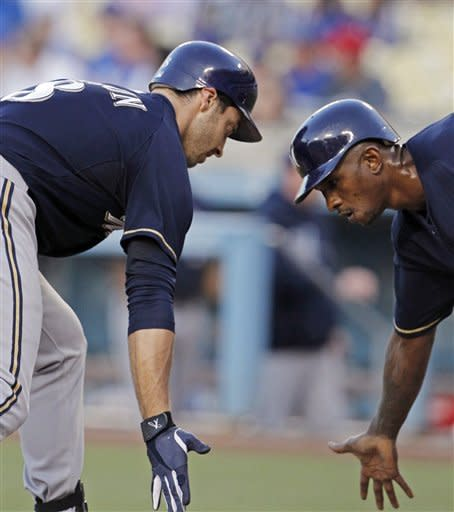 Braun's HR propels Brewers' 2-1 win over Dodgers