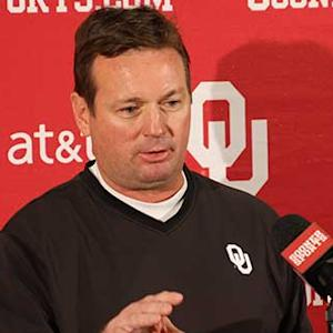 HD: Bob Stoops Media Luncheon (11/25)