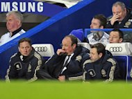 Chelsea&#39;s interim manager Rafael Benitez (C) cuts a frustrated figure during his side&#39;s 2-2 home draw with Southampton on January 16, 2013. Benitez blamed Chelsea&#39;s defensive problems for their failure to beat struggling Southampton and admitted skipper John Terry remains a major doubt for the weekend clash with Arsenal