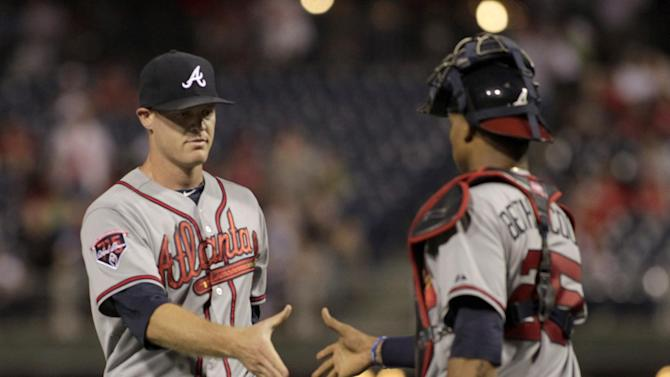 Braves win nightcap 5-1 to sweep Phillies