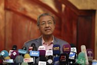 In Shah Alam, Dr M takes the stump for Zul Noordin