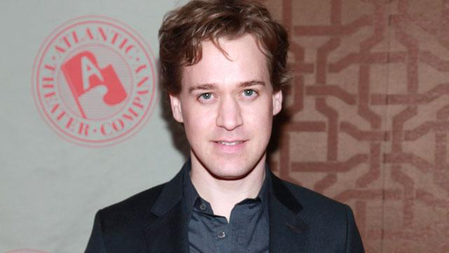 Former 'Grey's Anatomy' Star T.R. Knight Weds