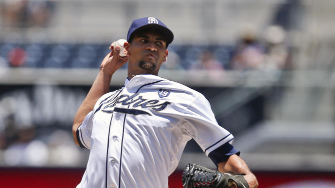Ross 3-hits Reds, Padres get 1st sweep since '13