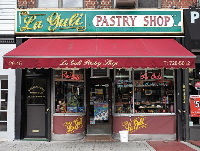 Chronicling the Rise and Fall of New York City's Mom & Pop Shops