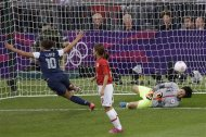 United States&#39; Carli Lloyd (10) celebrates after scoring against Japan goalkeeper Miho Fukumoto (1) during the women&#39;s soccer gold medal match at the 2012 Summer Olympics, Thursday, Aug. 9, 2012, in London. (AP Photo/Andrew Medichini)