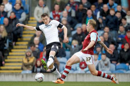 Soccer - Sky Bet Championship - Burnley v Derby County - Turf Moor