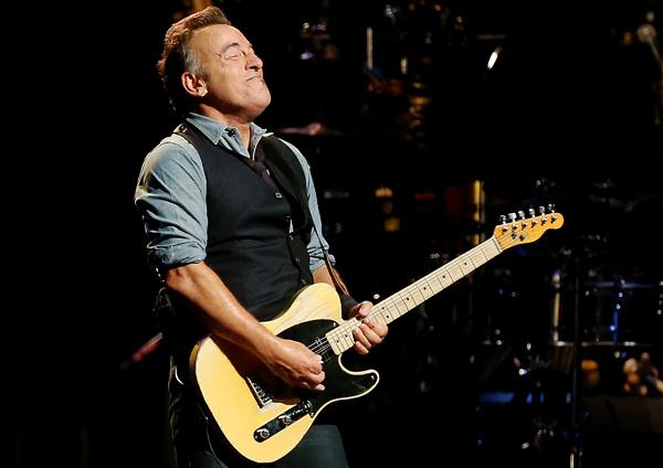 Bruce Springsteen, Pete Seeger Elected to Academy of Arts and Scienes