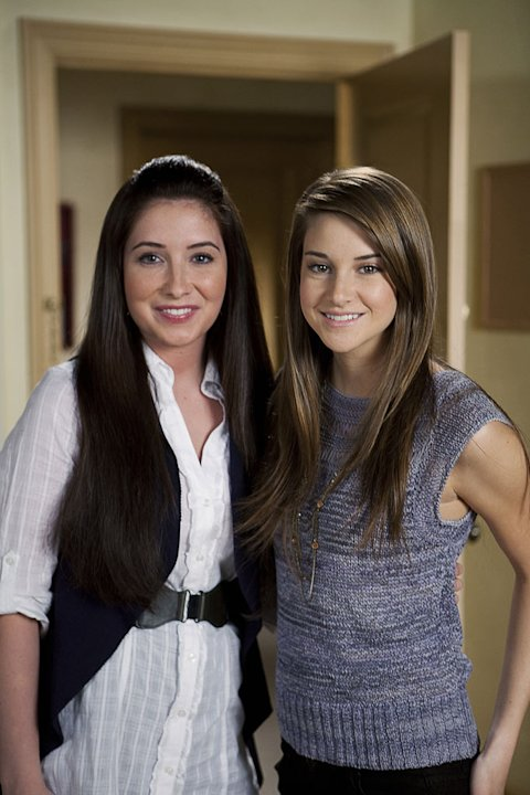 "Bristol Palin, here with Shailiene Woodley, guest stars on ""The Secret Life of an American Teenager."""