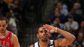 Grizzlies overcome slow start to beat Bulls