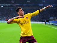 Olivier Giroud scored Arsenal's second goal before Schalke hit back for a draw