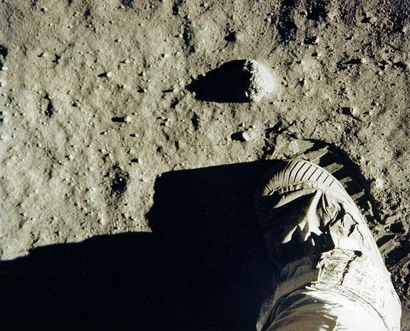 Protection of Apollo Moon Landing Sites Sparks Controversy