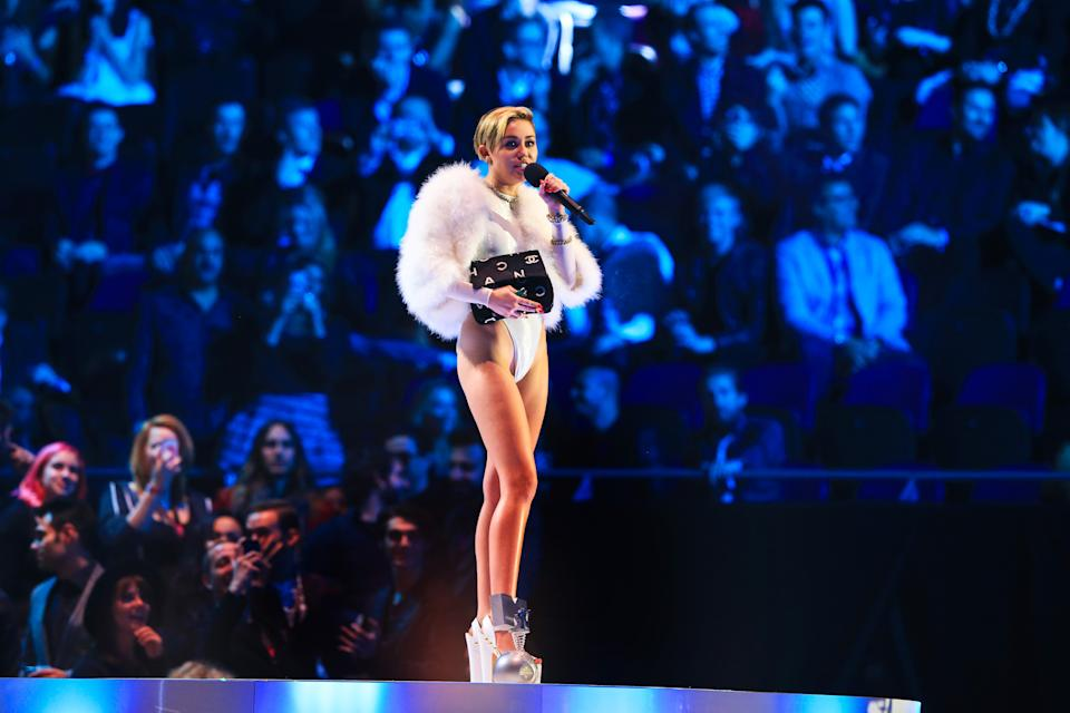 Miley Cyrus back atop global social media chart: Starcount