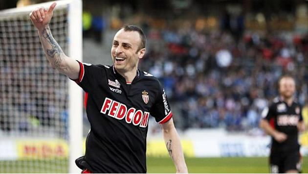 Ligue 1 - Referee admits errors as Berbatov shown to be offside for all three Monaco goals