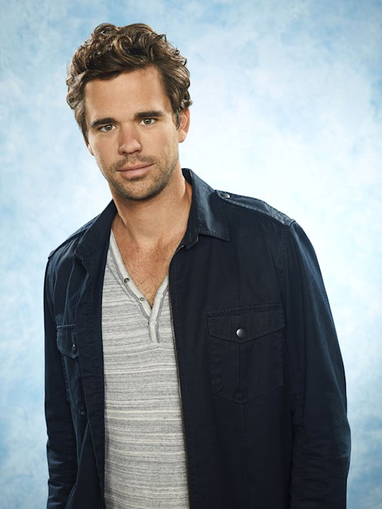 "David Walton as Vance in ""Perfect Couples."""