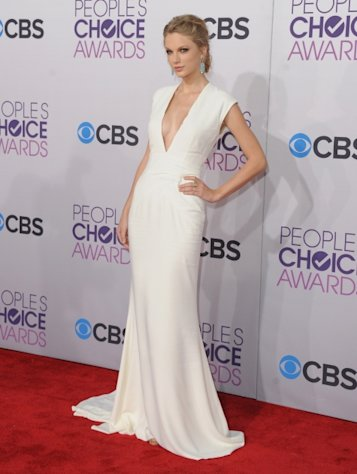 Taylor Swift arrives at the 2013 People&#39;s Choice Awards at Nokia Theatre L.A. Live on January 9, 2013 in Los Angeles -- Getty Premium