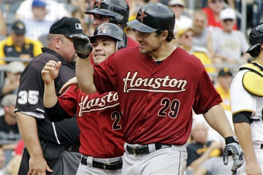 Astros send struggling Pirates to 4th loss in row