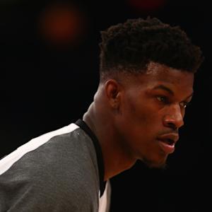 Bulls' Jimmy Butler loses $10K bet to high school student