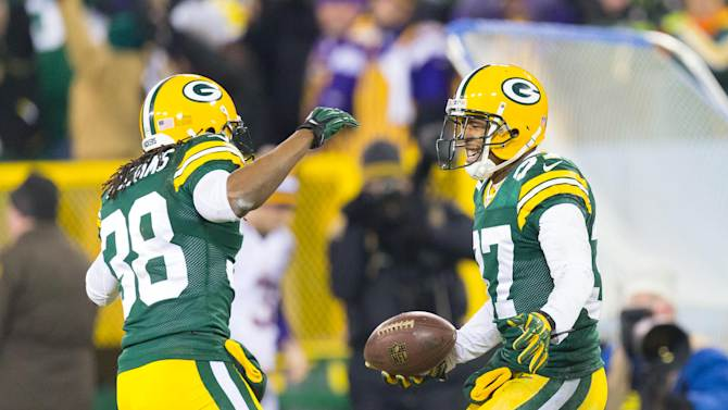 NFL: NFC Wild Card Playoff-Minnesota Vikings at Green Bay Packers
