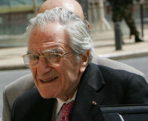 Veteran Lebanese politician, diplomat, and press baron Ghassan Tueni, seen here in 2008, has died in hospital, aged 86, his newspaper An-Nahar announced