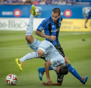 Dwyer scores twice to lift Sporting KC past Impact