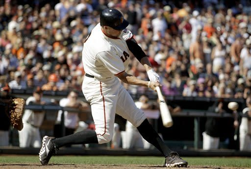Pence's HR keys 8th-inning rally, SF beats Rockies