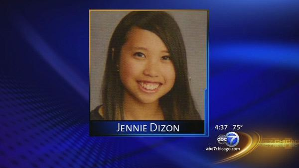 Teen girl killed by lightning in Downers Grove